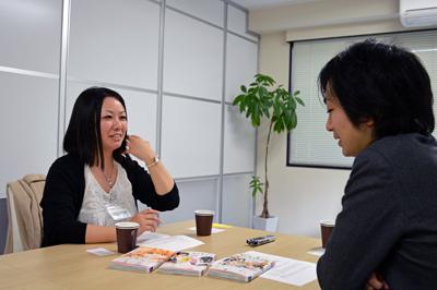 椎名チカさん(左)と駒崎弘樹さん(右)