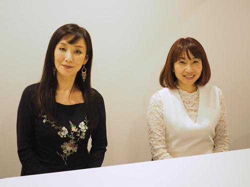 川崎貴子さん、右:金沢悦子さん