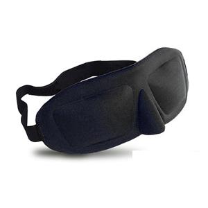 「HUYOU(ふよう) 睡眠 アイマスク 立体型 軽量 安眠 アイマスク 圧迫感なし究極の柔らかシルク質感 睡眠 旅行 仮 眠 眼精疲労 疲労回復に最適 耳栓 収納袋付き (ブラック)」 出典:amazon