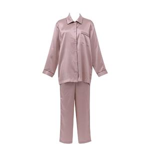 「(ワコール)Wacoal 睡眠科学 レディース女性用 シルクサテン 長袖シャツパジャマ 上下セット[絹シルク100%]」 出典:amazon