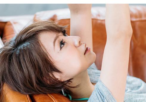 鈴木亜美の息子がルンバに乗って大炎上! SNS警察が目を光らせるママタレたちの画像1