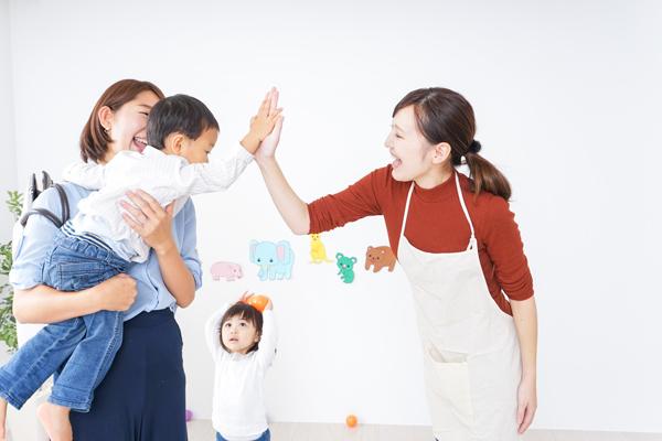 小倉優子も葛藤する仕事と育児の両立、「延長保育はかわいそう」は保護者を追いつめるの画像1