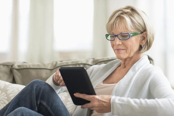 女性が早期退職しなければならなかった理由 「おばさんは陰気で鈍いからサービス業に向かない」の画像1
