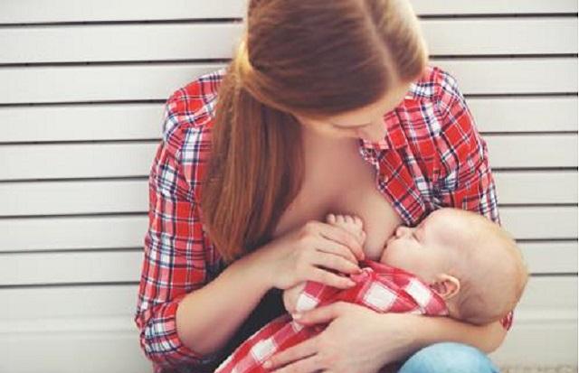 有名母乳相談室での壮絶な「母乳マウンティング」
