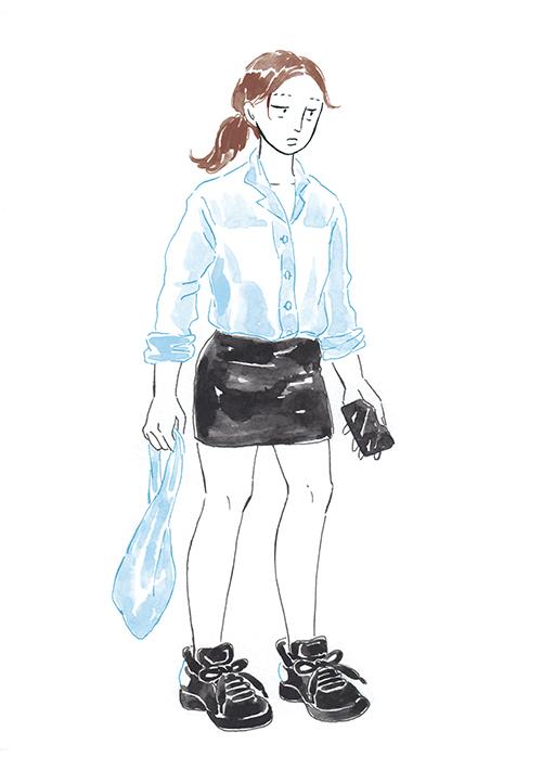 【東京・本郷三丁目】すっぴん&ミニスカートで何でもない日を歩く女性の画像2