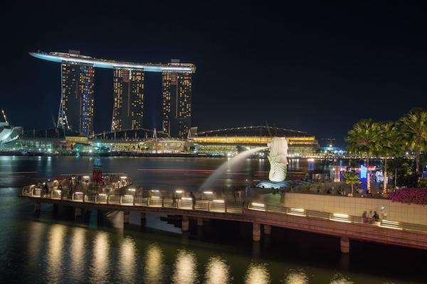 Singapore Merlion Park at Night