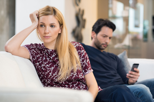 夫が外に癒しを求めるのは妻のせい? 負のスパイラルに陥った産後の夫婦の画像1