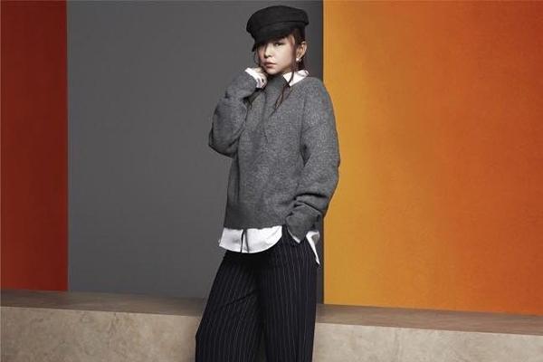 安室奈美恵コラボの洋服がメルカリで高額転売!の画像1