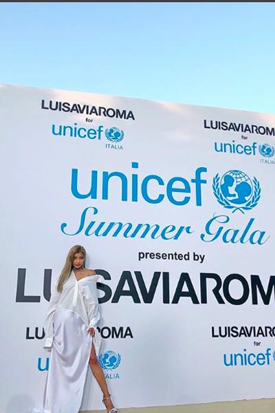 ローラを「セレブ気取り」とバカにするムラ社会! ローラが慈善事業に積極的な背景の画像1