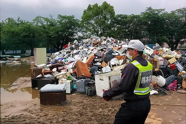 マンガ家・喜国雅彦さんと行った東日本大震災への初ボランティアで、私は開眼した【西日本豪雨ボランティア体験記・前編】の画像13