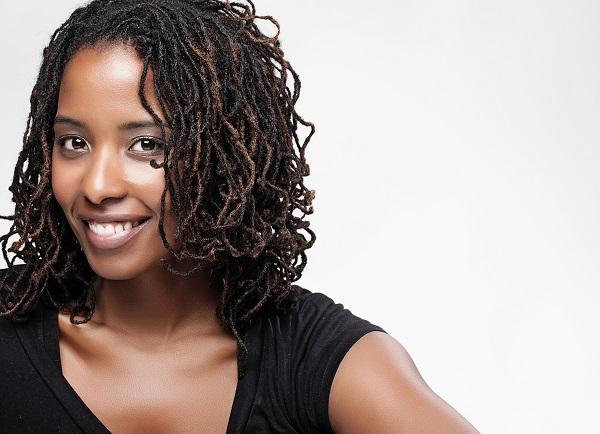 黒人女性の髪に触らないで!~「私たちはペットではない」の画像1