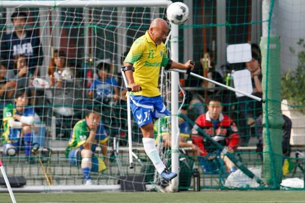 日本代表としてワールドカップでプレーする川合裕人氏