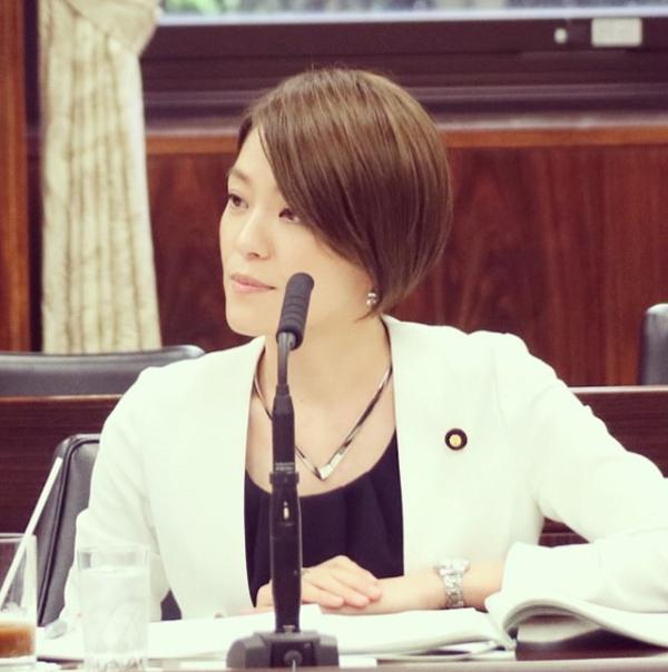 今井絵里子の不倫報道から荒れ続けるInstagram「辞職しろ」の嵐の画像1