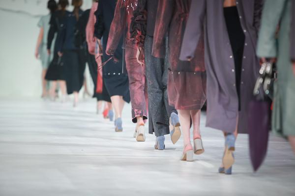 【完成】仏ファッションウィークで起こった地獄のような虐待、労働搾取の画像1
