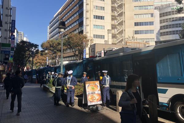 10月31日午後、渋谷道玄坂の様子