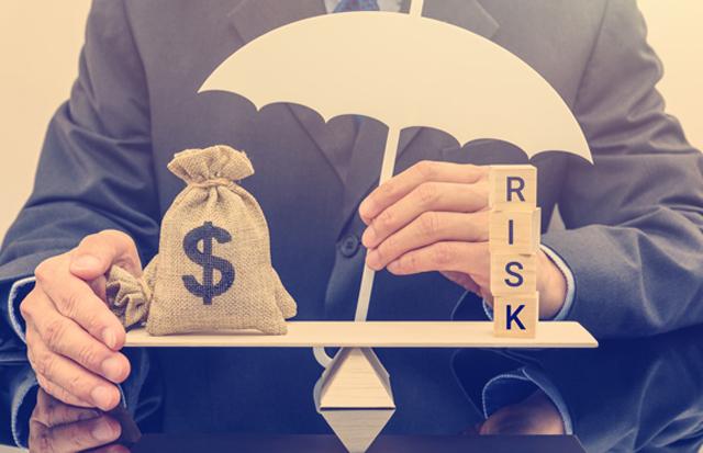 なぜ保険に入るのか? ほとんどのリスクは貯蓄と皆保険で補える